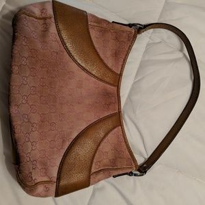 Gucci GG print shoulder bag in blush